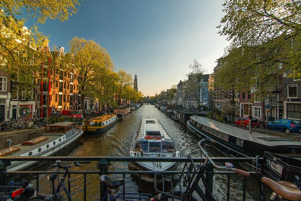 moving to Amsterda
